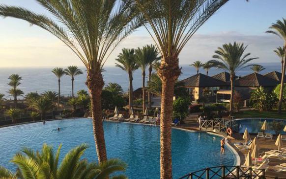 Soleil d'hiver à Fuerteventura, la plus orientale des îles canaries