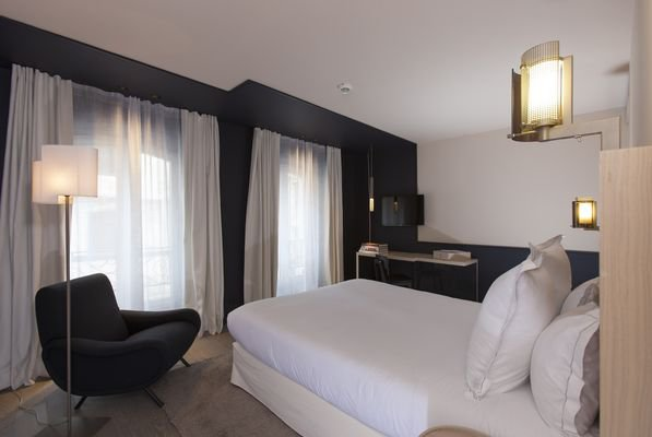 matelas hotel luxe trendy gallery of matelas trop dur gnial hotel center gran via barcelone. Black Bedroom Furniture Sets. Home Design Ideas